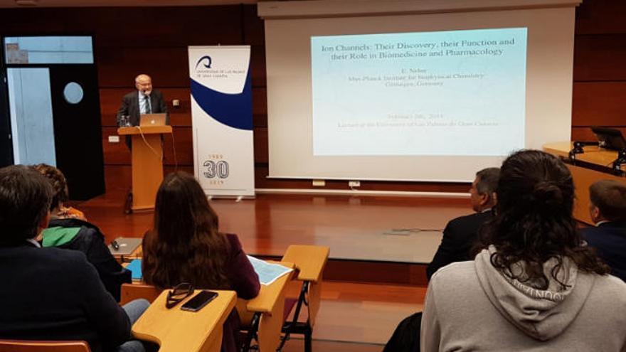 Erwin Neher reivindica el esfuerzo en la investigación en la ULPGC