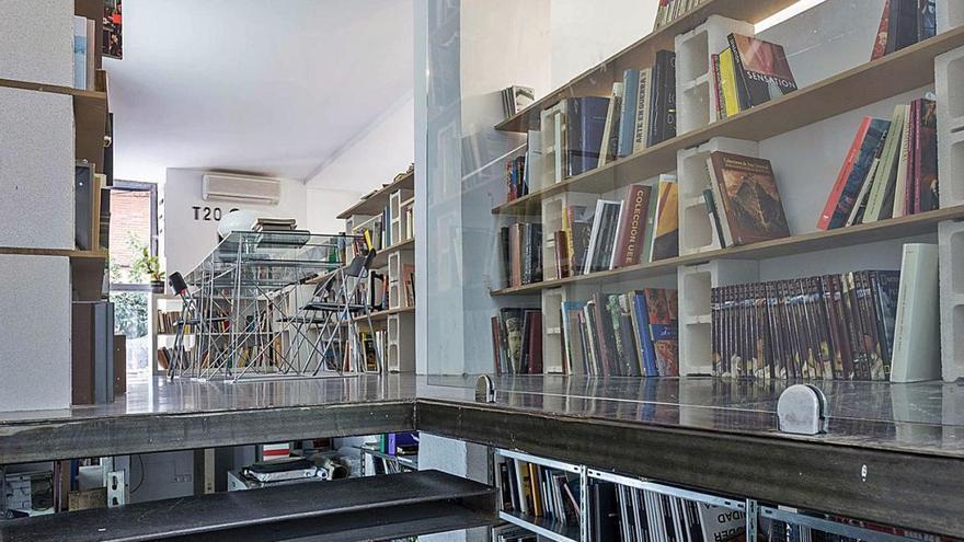 T20 inaugura una biblioteca con casi 3.000 referencias de arte contemporáneo