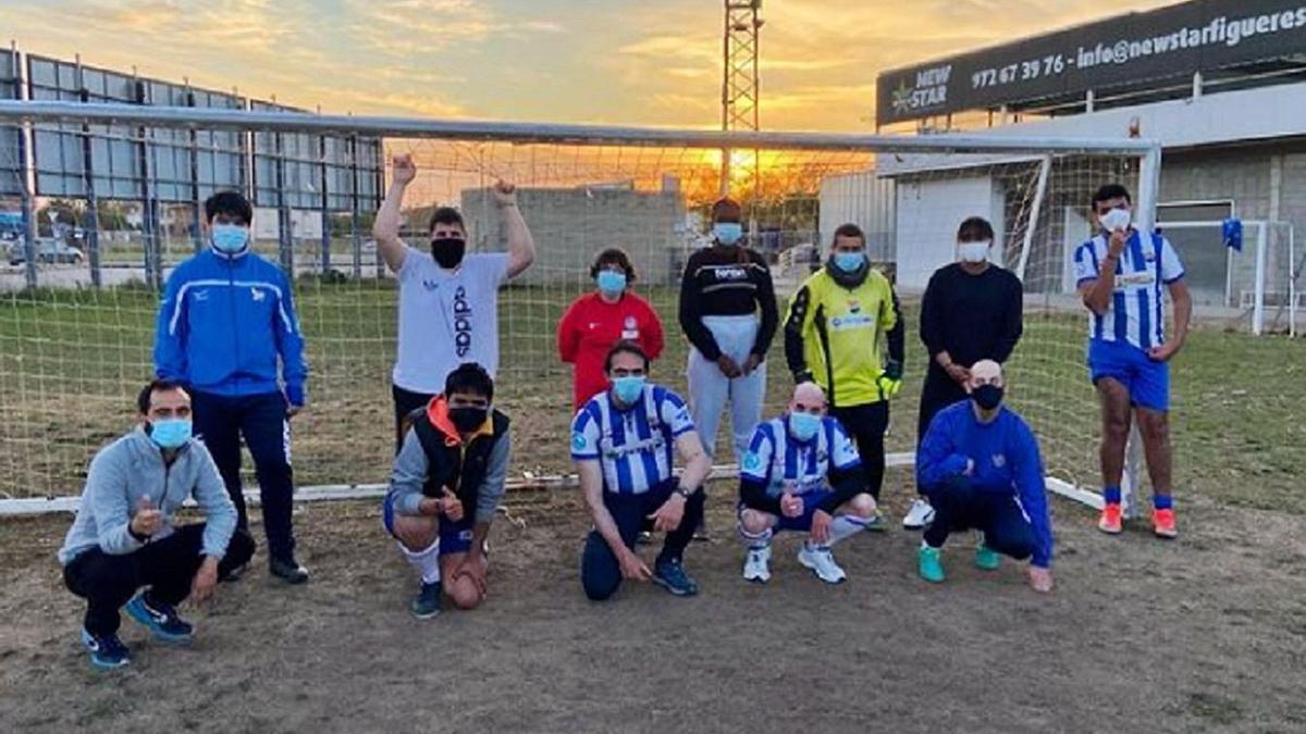Entrenaments de futbol a l'Estadi de Vilatenim
