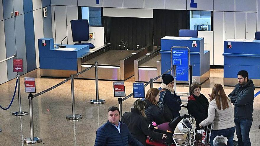 El saldo migratorio de Galicia en 2020 rompe siete años al alza tras caer un 17%