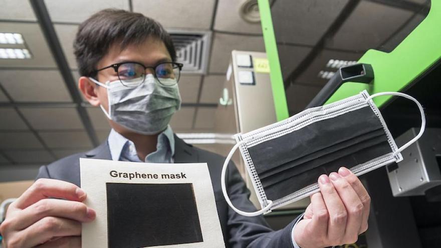 Las farmacias retiran un  modelo de mascarilla quirúrgica con grafeno