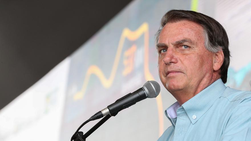 """Zapatero, Chomsky o Mélenchon alertan de una """"insurrección"""" fomentada por Bolsonaro"""