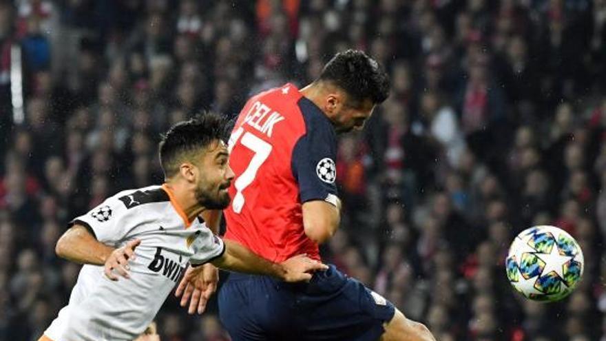 El Valencia CF se complica la Champions en el peor partido de Celades