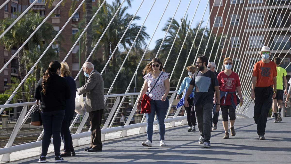 La Comunidad podría cambiar las franjas horarias de los paseos. israel sánchez