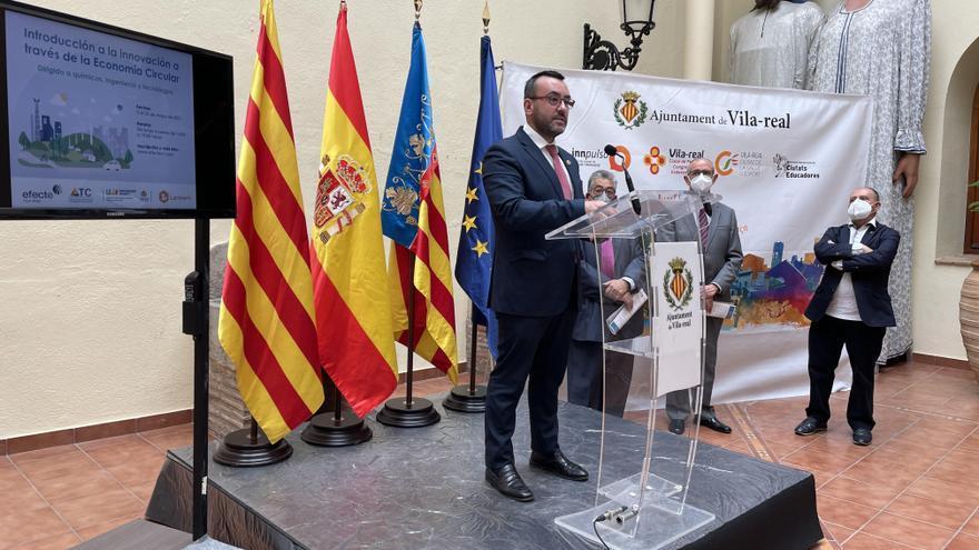 Vila-real ampliará los campos de actuación de la Cátedra Cerámica