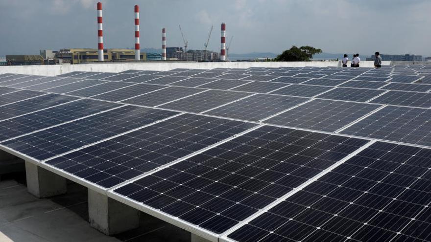 Una nova bateria produeix energia solar de nit