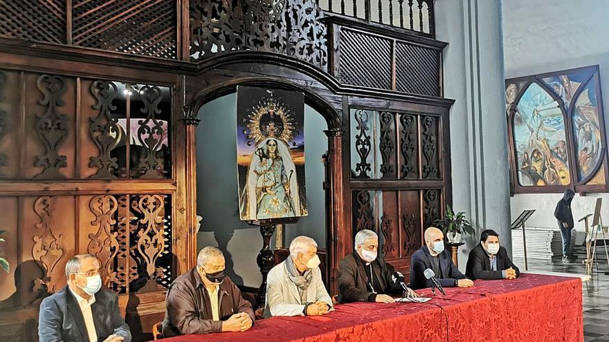 """Sin Bajada de la Virgen de Los Reyes """"habitual"""" en 2021, pero se cumplirá el voto"""