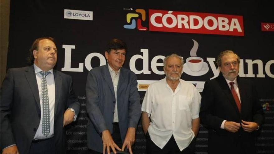 """Julio Anguita en 'Los Desayunos de CÓRDOBA': """"Democracia es participar permanentemente"""""""