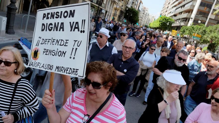 Más de 153.000 millones para pensiones, la cifra más alta de la historia