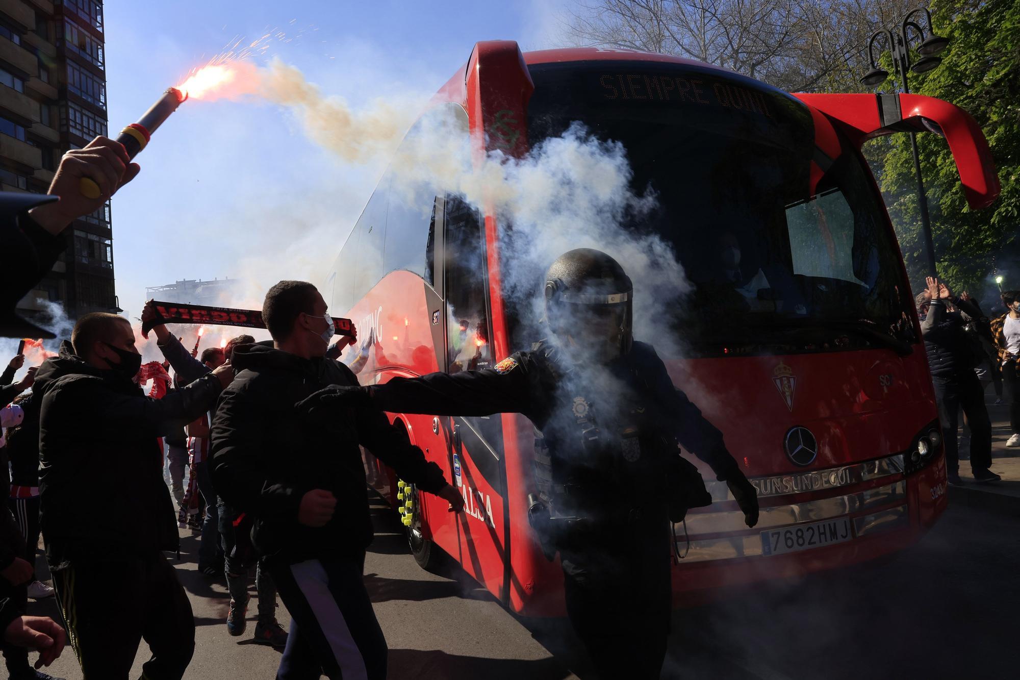 Así fue la llegada del Sporting al Molinón
