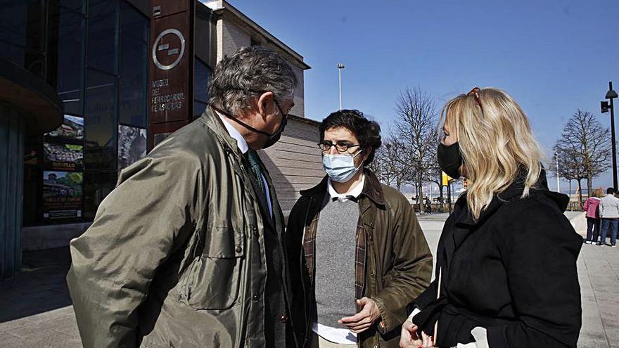 """""""La estación antigua era modélica en España"""", critica Figaredo (Vox)"""