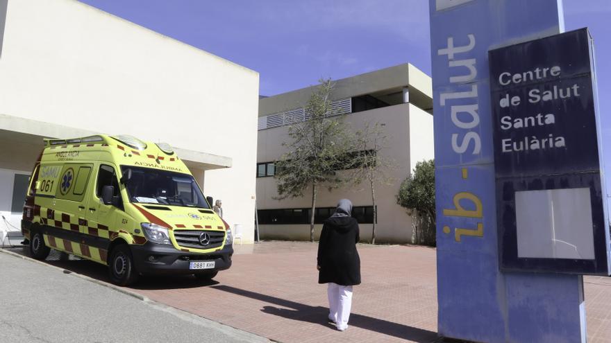 «El servicio de ambulancias está desbordado»