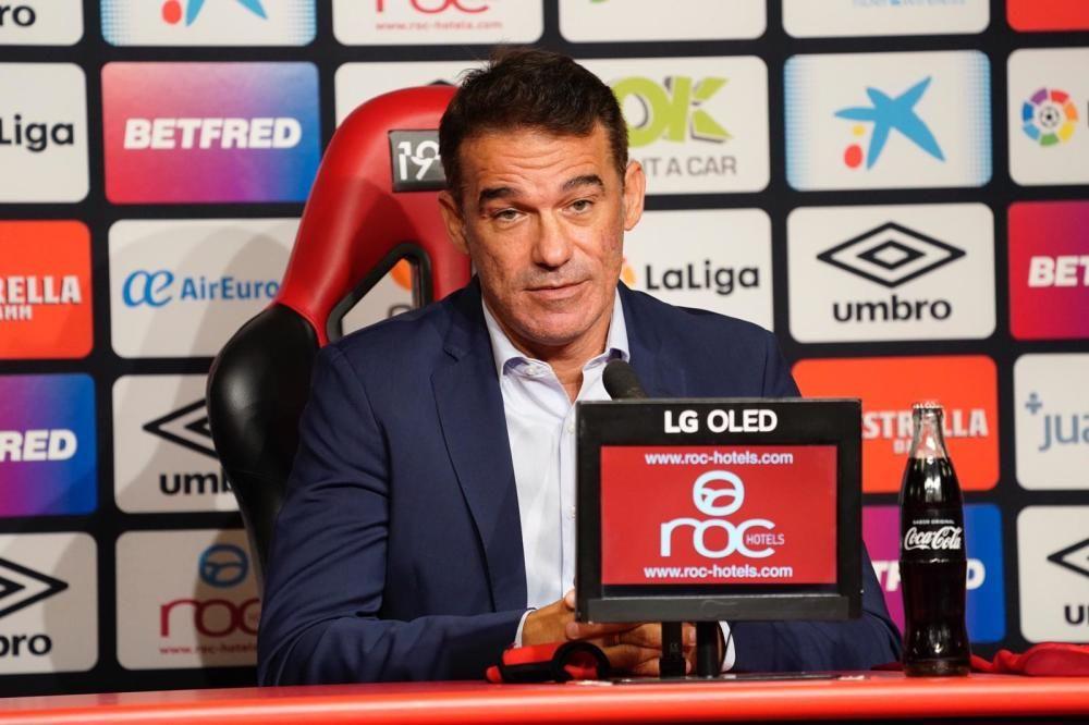 Presentación de Luis García como entrenador del RCD Mallorca