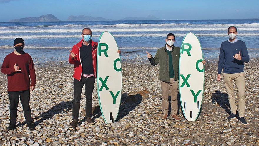 Nigrán y Valdoviño se hermanan por el surf