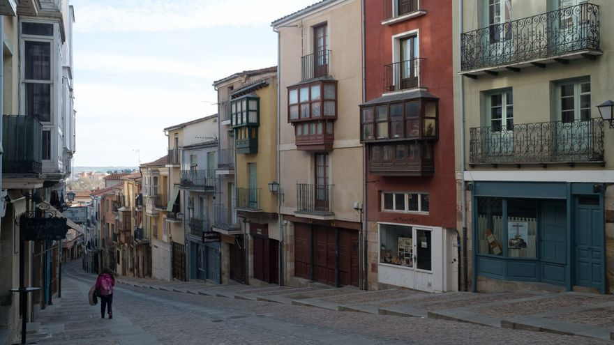 La ciudad histórica entre los recuerdos y la ilusión