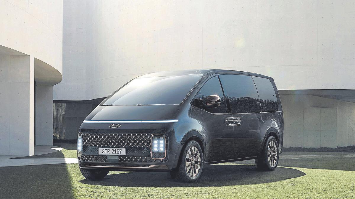 Hyundai Staria: redefinir el monovolumen
