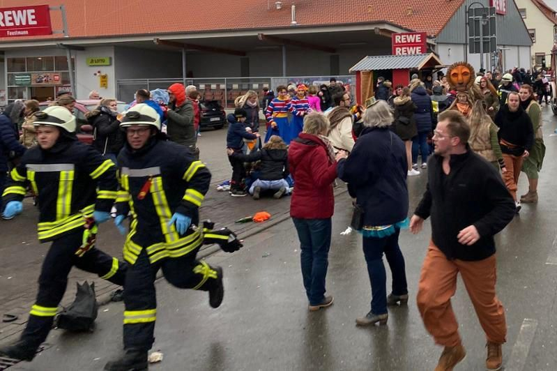 Diversos ferits en un atropellament durant la celebració d'un carnaval a Alemanya