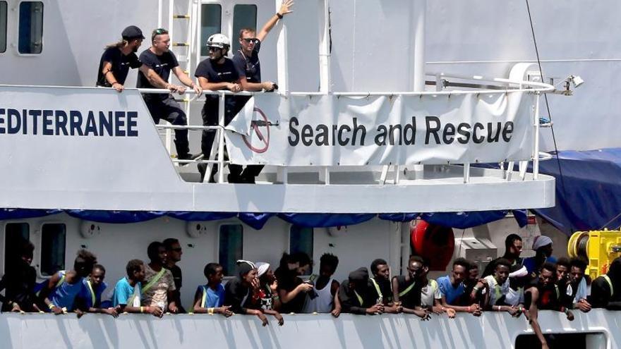 El Aquarius sale de Malta y otro buque con 177 migrantes espera puerto