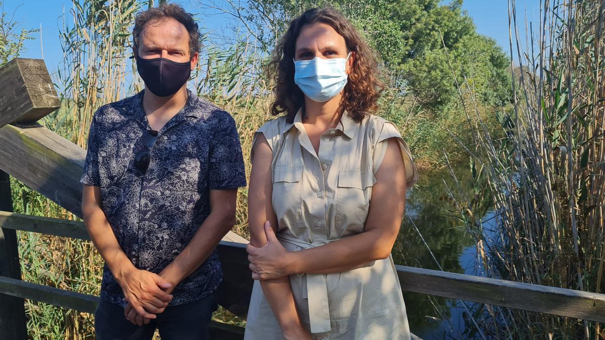 Llorenç Mas y Paula Tuzón, este martes en s'Albufera mallorquina.
