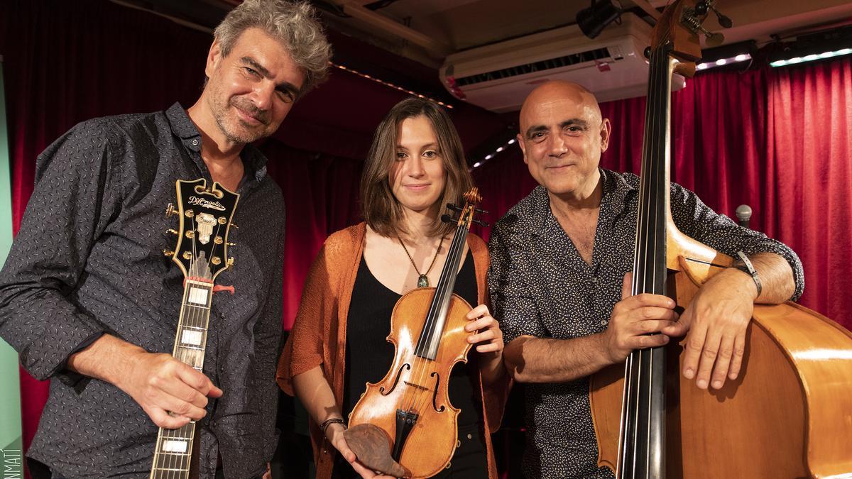 Chamorro Trio feats Elia Bastida
