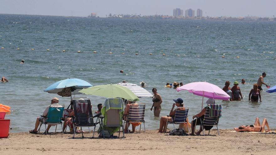 Diez cosas prohibidas en las playas de la Región de Murcia