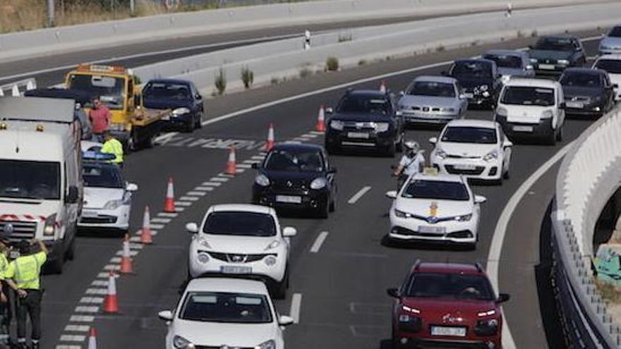 Un accidente en la autopista de Llucmajor provoca retenciones kilométricas en sentido Palma