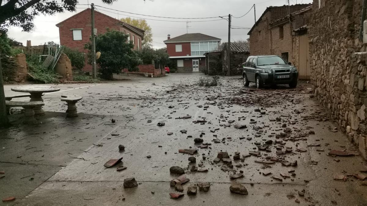 Efectos del tornado en el municipio zamorano.