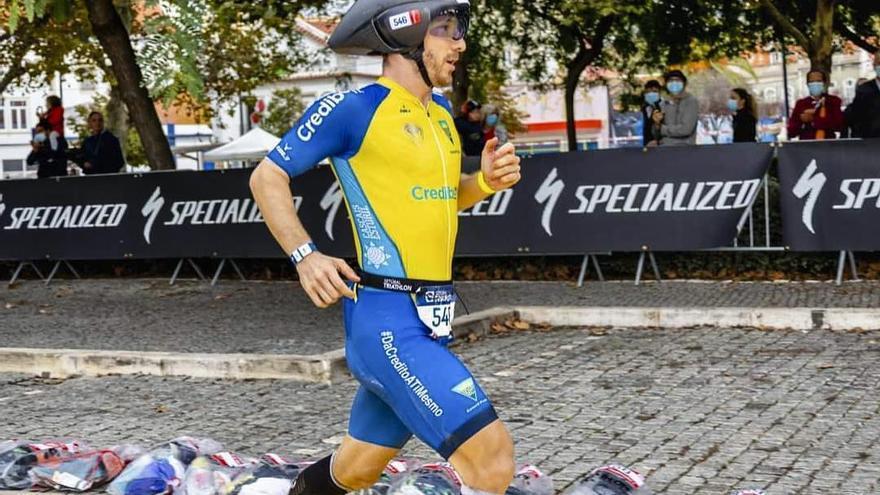 Alberto Casillas, candidato al comité de atletas de la Federación Internacional de Triatlón