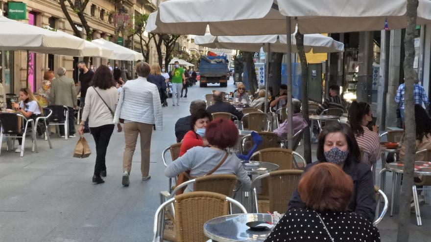 Gallegos con restricciones altas: de 1,7 millones a 212.000 en un mes