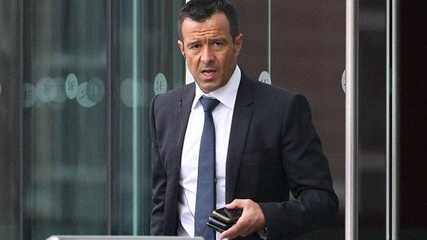 El presidente del Sporting de Portugal acusa a Jorge Mendes de chantaje