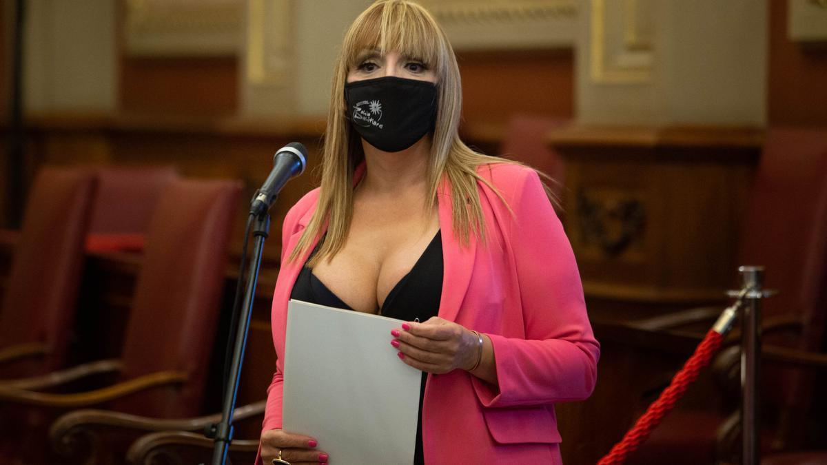 Zara Díaz Mendoza, presidenta y directora de la comparsa Bahía Bahitiare.