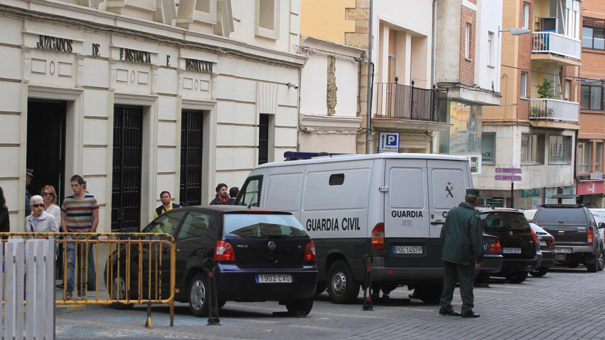 Entrada a los juzgados de Zamora.