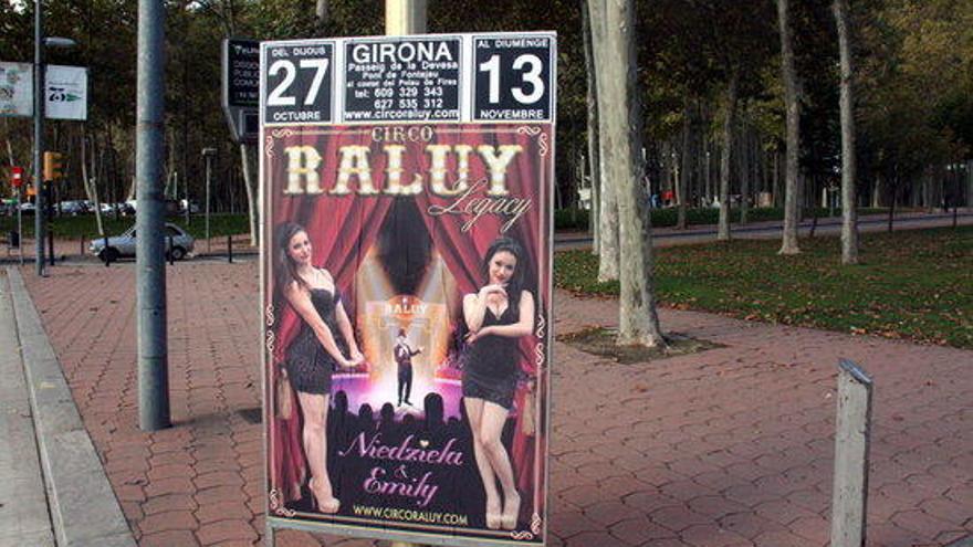 """Girona demana al Circ Raluy Legacy que retiri un cartell perquè el veu """"sexista"""""""