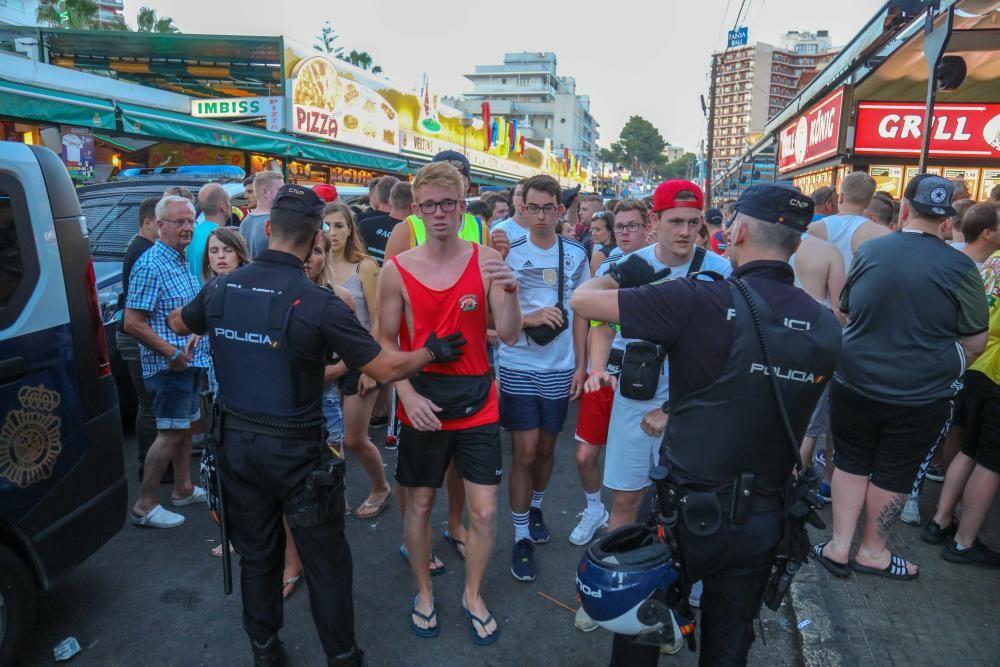 La Policía toma el Bierkönig de Playa de Palma