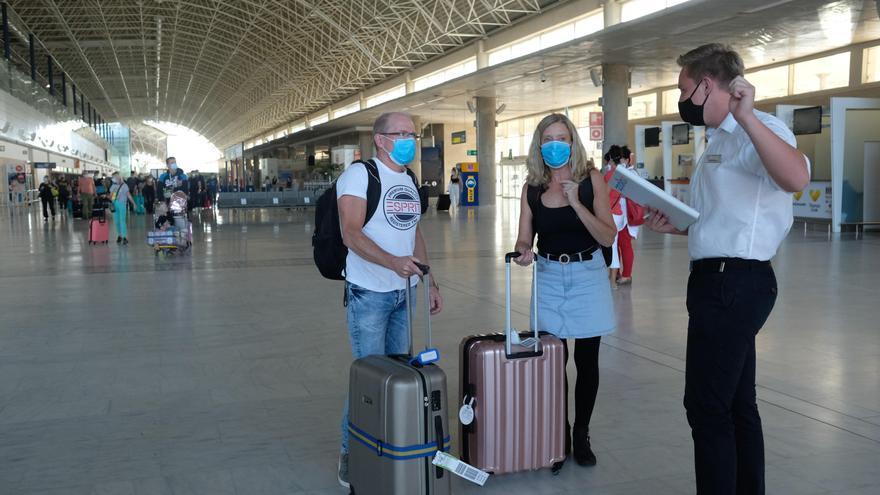TUI Holanda regresa a Canarias pagando la PCR al turista que viaje con ellos