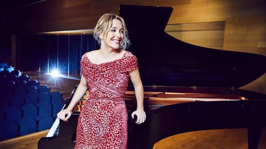 La pianista Judith Jáuregui da una lección en Valga
