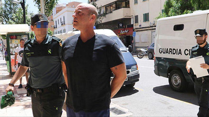 Aprueban la extradición a Tailandia de un británico detenido en Ibiza por descuartizar a una mujer en Bangkok