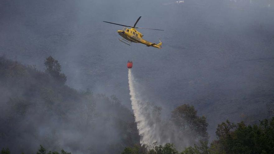 Controlados los incendios en Salvaterra do Miño y Folgoso do Courel