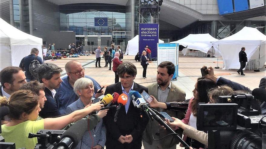 Puigdemont y los exconsellers recurren ante el TUE la suspensión de su inmunidad