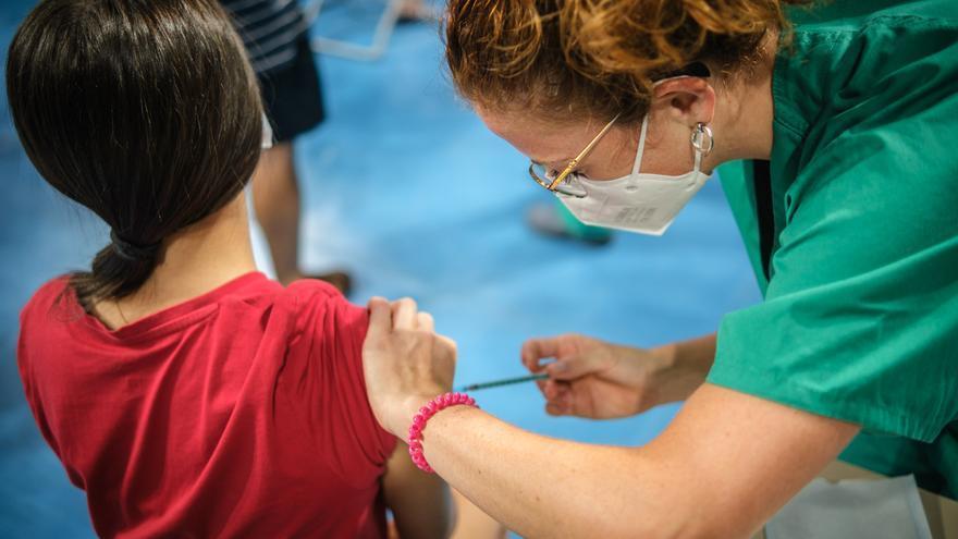 Canarias, a 6,3% de alcanzar su objetivo vacunal