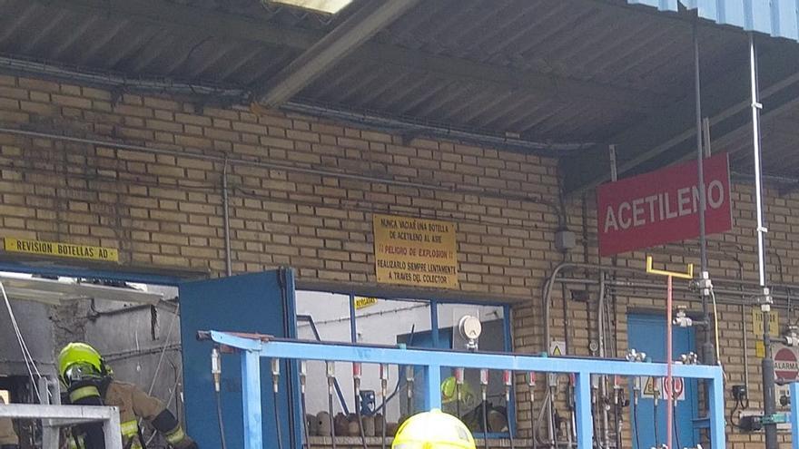 Herido grave un trabajador de la empresa Air Liquid en Zaragoza al explotar una botella de acetileno