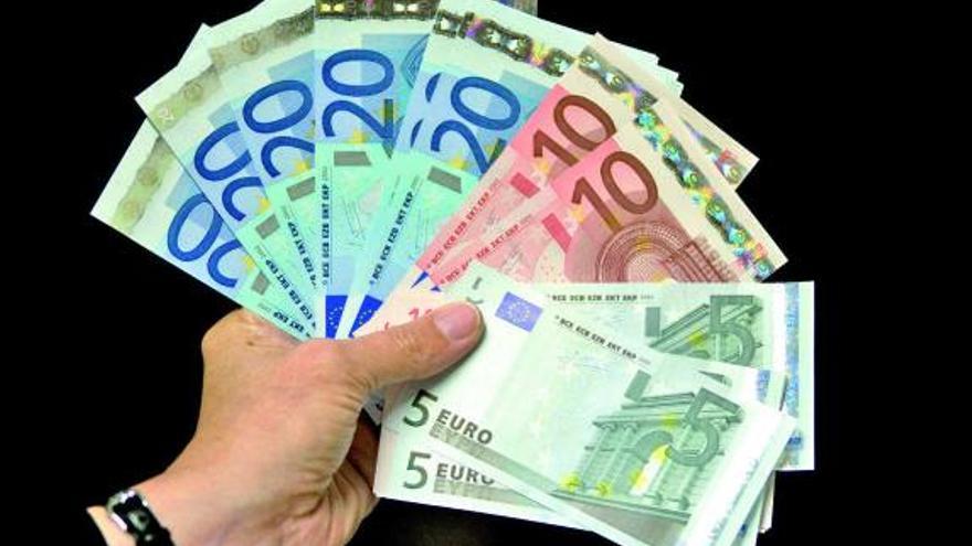 Dos mil euros en un sobre y un acto de buena fe