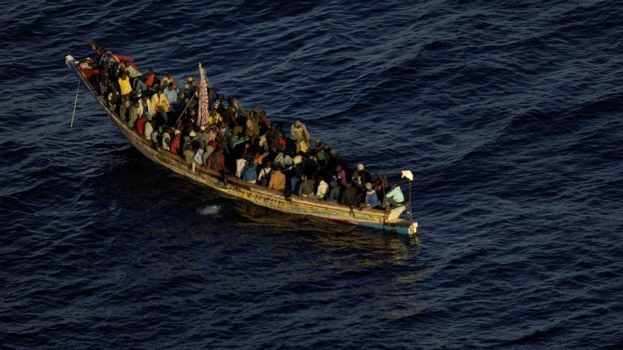 Rescatada una patera con 36 migrantes al sur de Gran Canaria