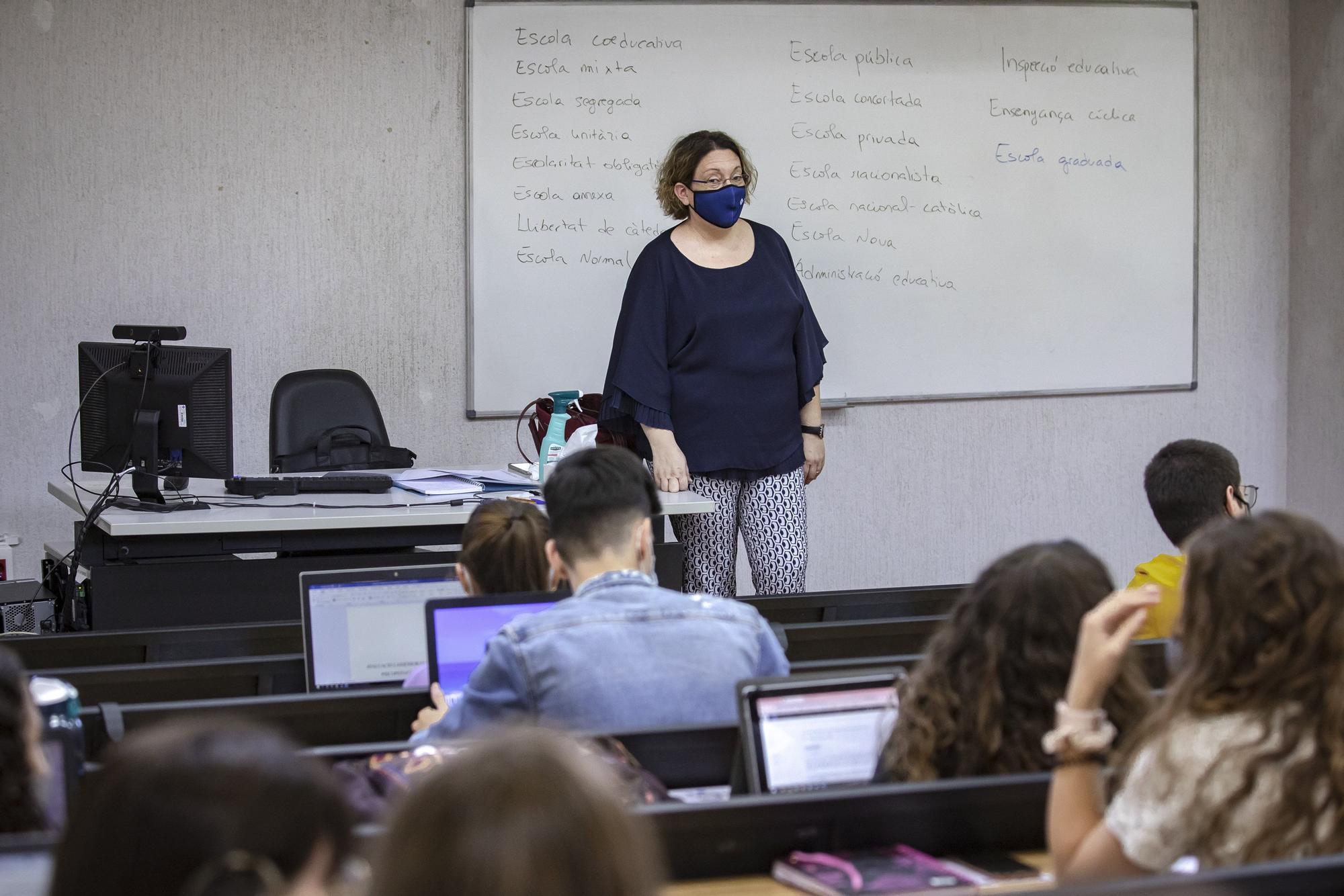La UIB empieza el curso con tres profesores y 22 alumnos bajas por covid