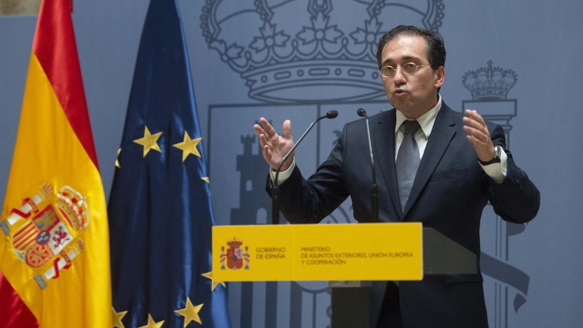 El ministro de Asuntos Exteriores.