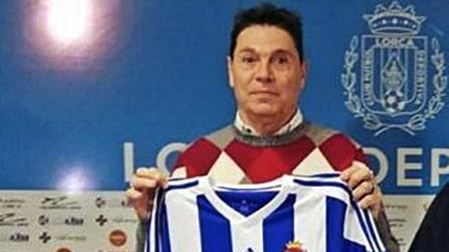 Hugo Issa seguirá con el proyecto del Lorca Deportiva en Tercera División