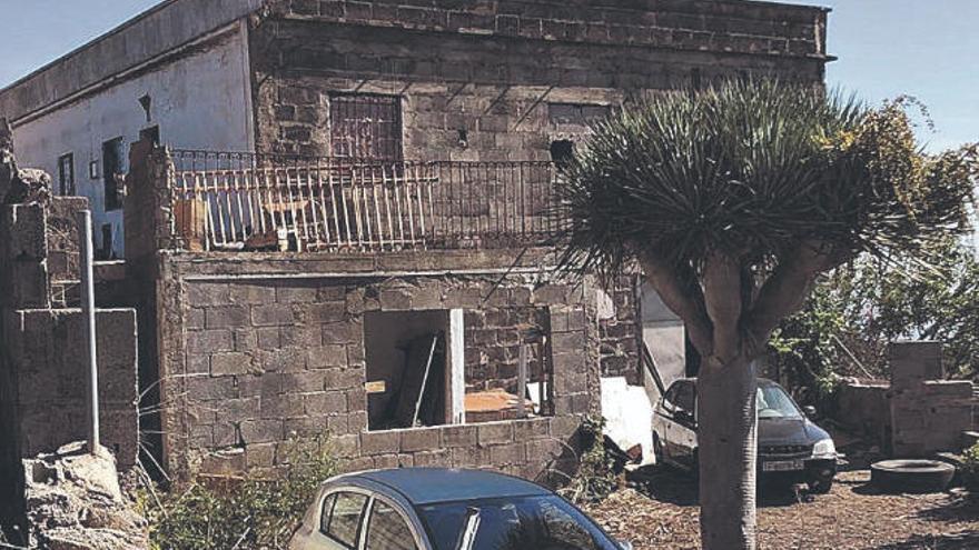 Diez años para recuperar una casa ocupada y destrozada en Tenerife