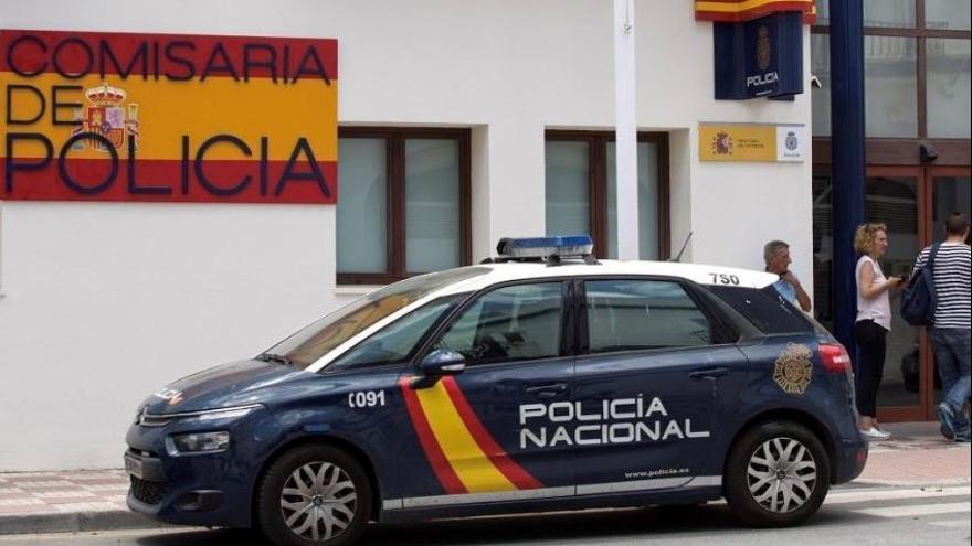 Detenido por asaltar a una mujer de 70 años en el ascensor de su domicilio en Estepona