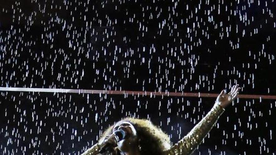 Samba i carnaval en l'emotiu adéu als Jocs