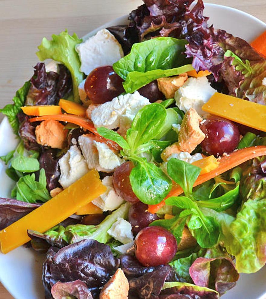 El truco que más están recomendando todos los nutricionistas para tener menos hambre y perder peso